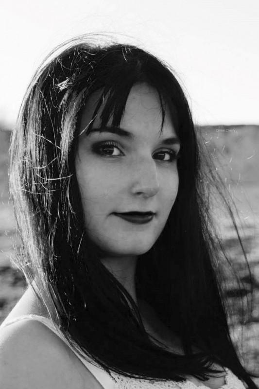 Cassandra BESSTER