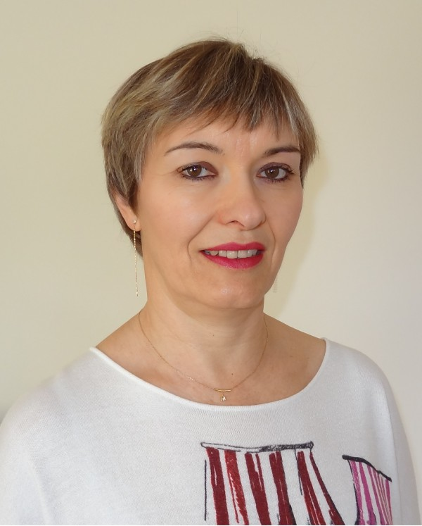 Isabelle GENEIX