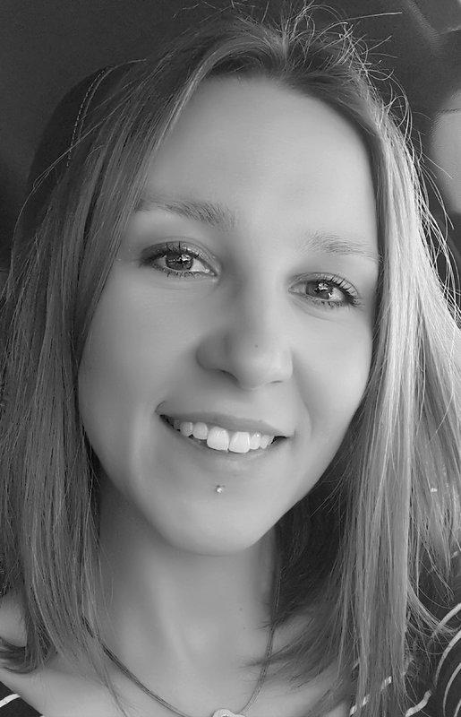 Laura VIALET