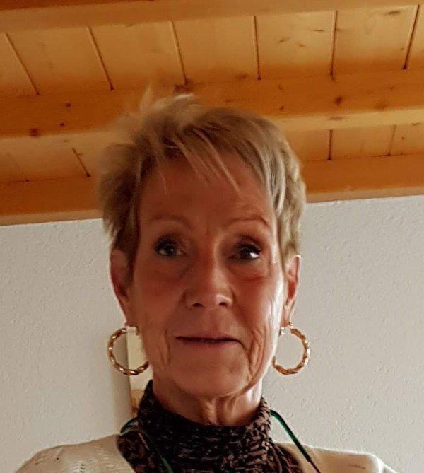 Anne MINET
