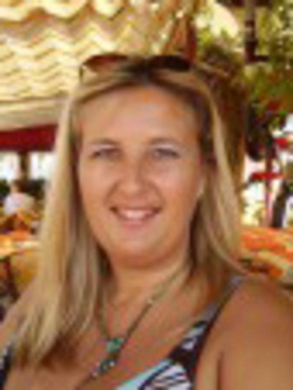 Christine BAYLE
